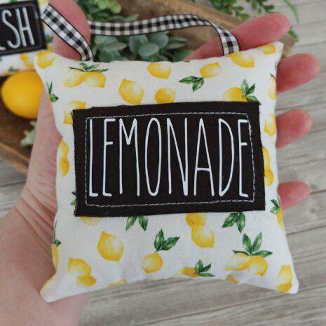 Prod-MdP-Lemons011